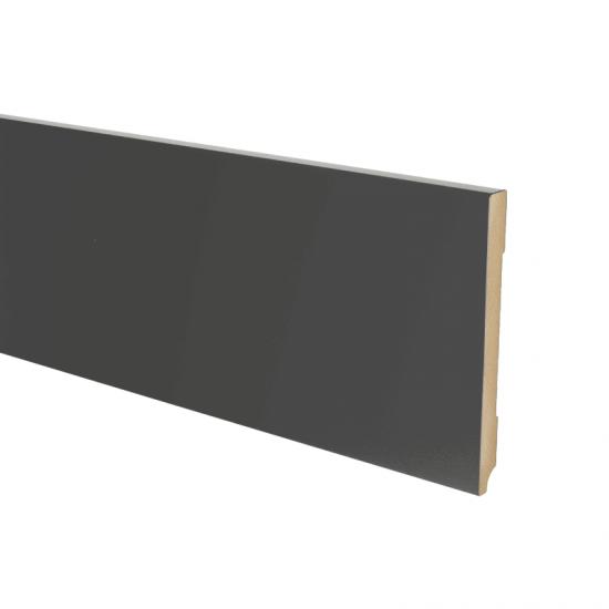Plint modern 150 x15 Voorgelakt RAL 9005