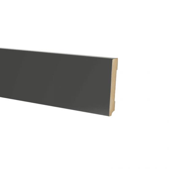 Plint modern 70 x18 Voorgelakt RAL 9005