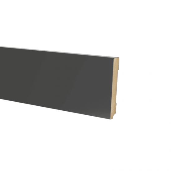 Plint modern 90 x18 Voorgelakt RAL 9005