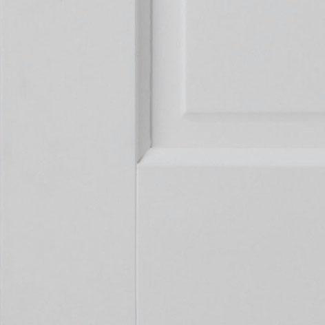 Detail deur met paneel onder